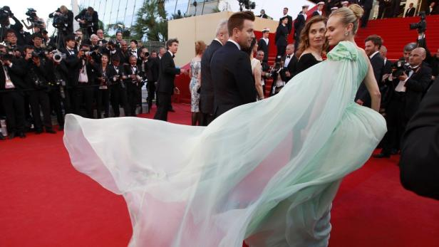 """Jury members of the 65th Cannes Film Festival (L to R)  Ewan McGregor, Emmanuelle Devos and Diane Kruger arrive on the red carpet for the screening of the film """"Moonrise Kingdom"""" by Wes Anderson in competition at the 65tnnesm Fem Festival May 16, 2"""