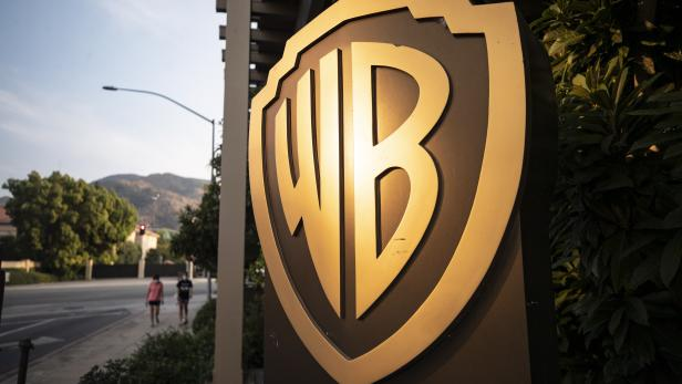 Warnermedia aims to cut costs due to pandemic