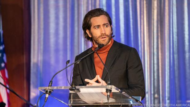 "Jake Gyllenhaal spielt in ""The Guilty"" mit"