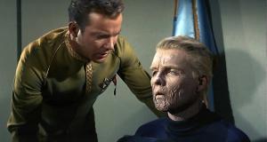 <p>Star Trek: Captain Kirk und Christopher Pike</p>