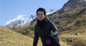 Juliette Binoche in eindrucksvoller Naturkulisse